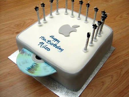 AppleBirthCake